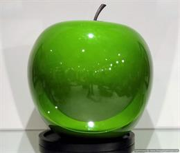 Show Decor Apple